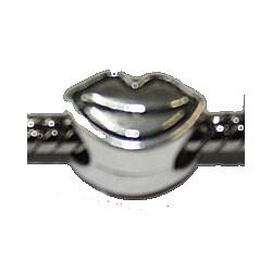 Metalen kraal 8mm gat 5mm hartvorm p.st.