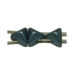 Tila driehoek Stud 5,7mm metallic staalbl. 25stuks