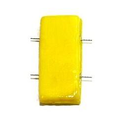 Glaskraal 11x24mm 2 gaats opaque geel 5st.