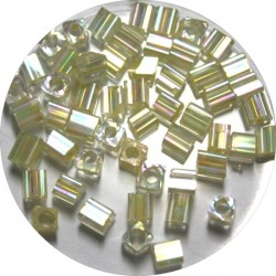Glaskr. hex cut ca 3,5mm transp. beige 25gram